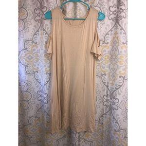 Cold shoulder t-shirt dress with pockets